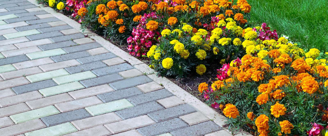 5 YEAR WARRANTY ON PAVERS